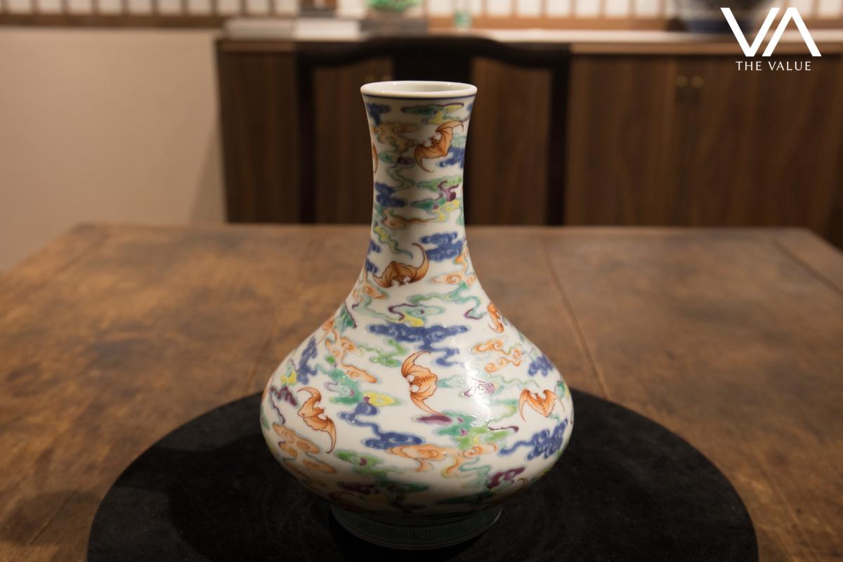 Q: What makes this vase so unique?